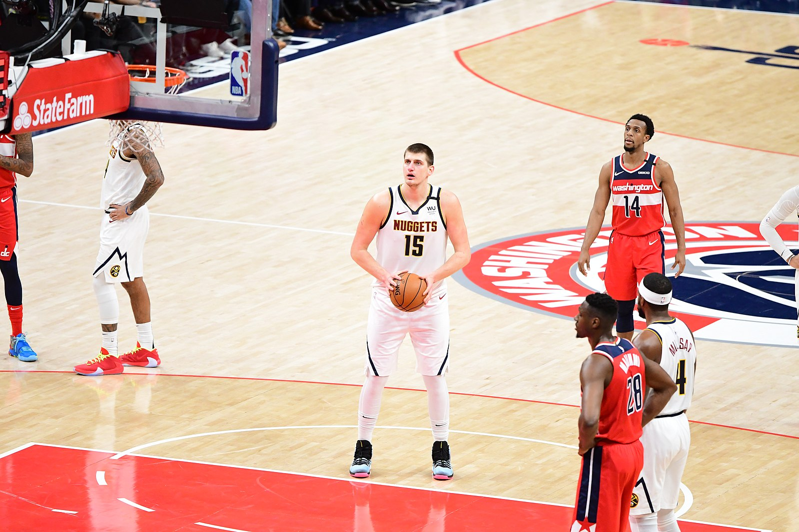 1599px-Nikola_Jokic_free_throw