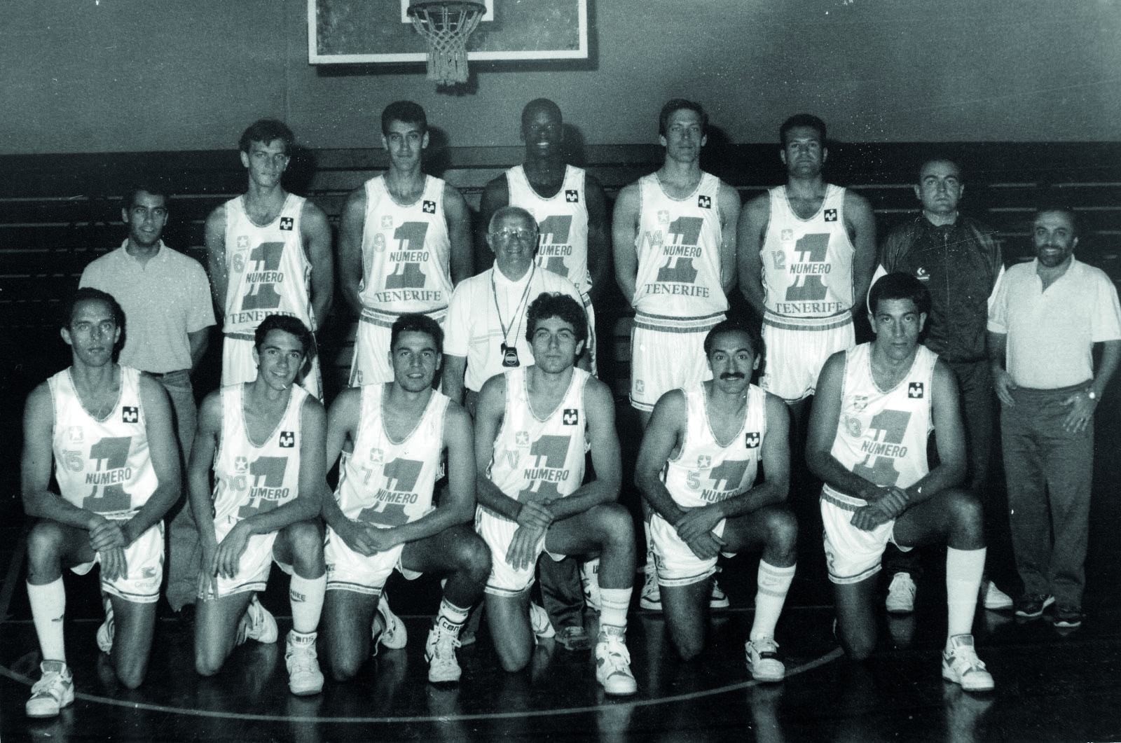 Foto 01 (Tenerife 88-89) El Diario de Avisos